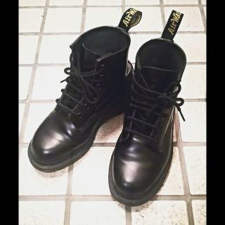 このコーデで使われているDr.Martensのブーツ[ブラック]