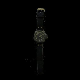 このコーデで使われているGenuine Leatherの腕時計[ブラック]
