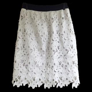 このコーデで使われているnano・universeのタイトスカート[ホワイト]