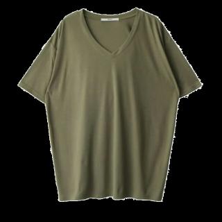 このコーデで使われているGRLのTシャツ/カットソー[カーキ]