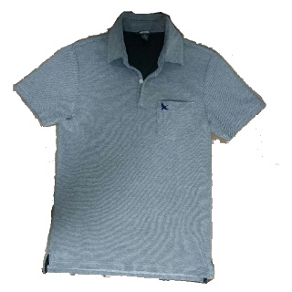 不明のポロシャツ