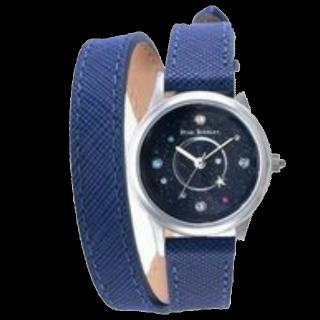 このコーデで使われているSTAR JEWELRYの腕時計[ブルー]