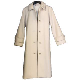 Mila Owenのコート