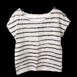 このコーデで使われているSHIPSのTシャツ/カットソー[ホワイト/ブラック]