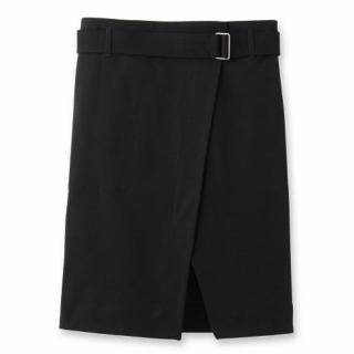 このコーデで使われているDRESSTERIORのスカート[ブラック]