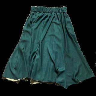 このコーデで使われているROPE' PICNICのミモレ丈スカート[グリーン]