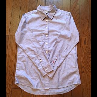 このコーデで使われているUNIQLOのシャツ/ブラウス[ブルー]