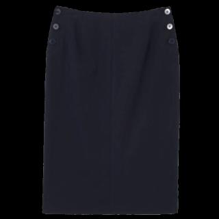 このコーデで使われているFOREVER 21のひざ丈スカート[ブラック]