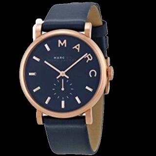 このコーデで使われているMarc by Marc Jacobsの腕時計[ネイビー]