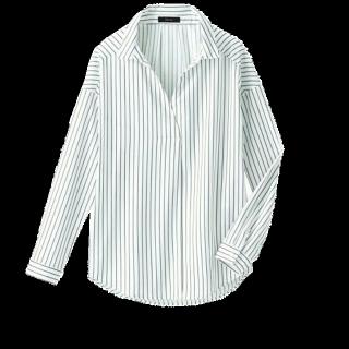 このコーデで使われているシャツ/ブラウス[ホワイト/ブラック/シルバー]