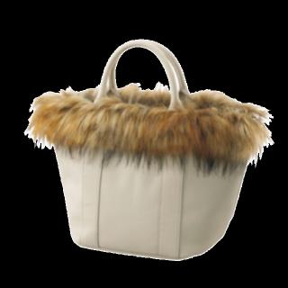 このコーデで使われているGUのバッグ[ベージュ]