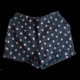 Hollisterのミニスカート