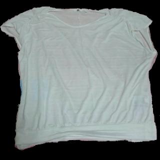 このコーデで使われているUNIQLOのTシャツ/カットソー[ホワイト]