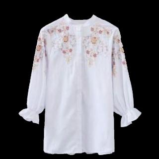 このコーデで使われているシャツ/ブラウス[ホワイト/ピンク/イエロー]