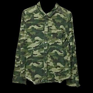 このコーデで使われているシャツ/ブラウス[グリーン/カーキ]