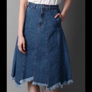 このコーデで使われているRight-onのデニムスカート[ブルー]