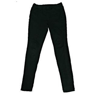 このコーデで使われているUNIQLOのスキニーパンツ[ブラック]