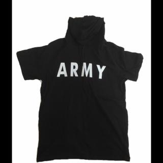 このコーデで使われているSPINNSのTシャツ/カットソー[ブラック]