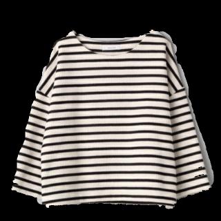 このコーデで使われているJEANASISのTシャツ/カットソー[ブラック/ホワイト]