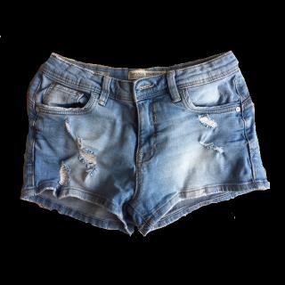 Bershkaのミニスカート