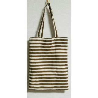 不明のハンドバッグ