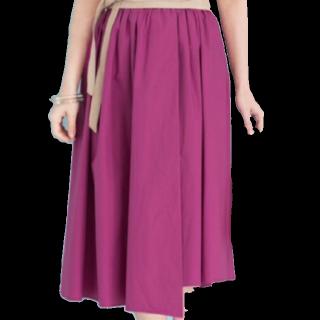 このコーデで使われているURBAN RESEARCHのミモレ丈スカート[ピンク]
