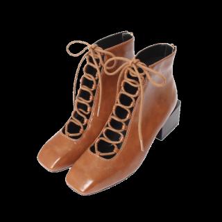 このコーデで使われているMURUAのブーツ[ブラウン/キャメル]