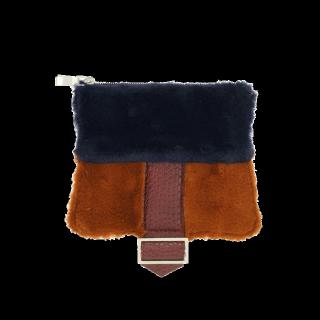このコーデで使われているMURUAのクラッチバッグ[ブラウン/キャメル/ブルー/オレンジ]