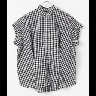 このコーデで使われているシャツ/ブラウス[ホワイト/ブラック]