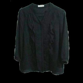 このコーデで使われているAG by aquagirlのシャツ/ブラウス[ブラック]