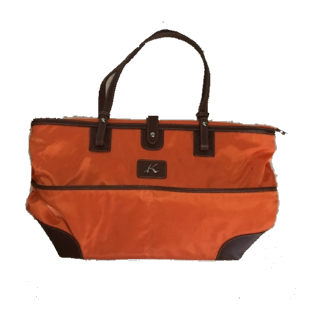 このコーデで使われているKitamuraのトートバッグ[ブラウン/オレンジ]