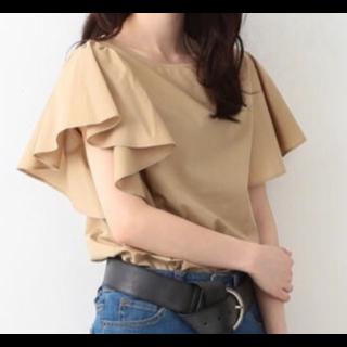 このコーデで使われているRay BEAMSのシャツ/ブラウス[ベージュ]