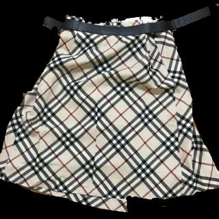Burberry Londonのミニスカート