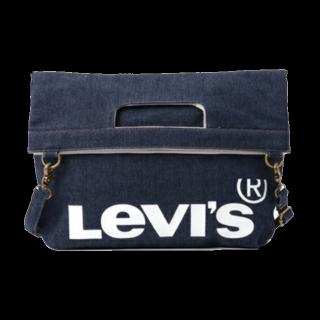 このコーデで使われているLevi'sのクラッチバッグ[ネイビー]