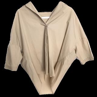 このコーデで使われているSpick and Spanのシャツ/ブラウス[ベージュ]