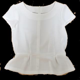 このコーデで使われているNATURAL BEAUTY BASICのTシャツ/カットソー[ホワイト]