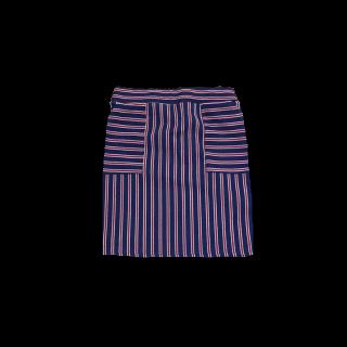 このコーデで使われているタイトスカート[レッド/ブルー]