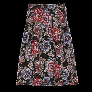 このコーデで使われているZARAのひざ丈スカート[ブラック/レッド/ブルー/カーキ]