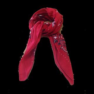 このコーデで使われているスカーフ[レッド]