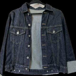 UNIQLOのデニムジャケット