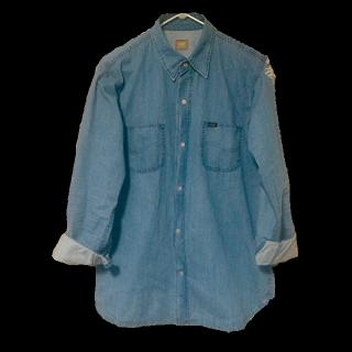 このコーデで使われているLeeのシャツ/ブラウス[ブルー]