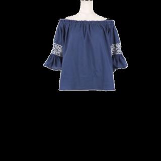 このコーデで使われているKOBE  LETTUCEのシャツ/ブラウス[ネイビー]