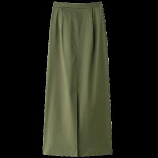 このコーデで使われているGALLARDAGALANTEのマキシ丈スカート[カーキ]