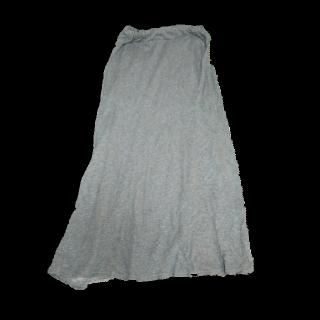 このコーデで使われているCiaopanicのマキシ丈スカート[グレー]