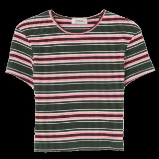 このコーデで使われているEVRISのTシャツ/カットソー[グリーン/ピンク/ホワイト/ボルドー]