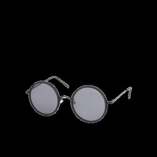 このコーデで使われているTOPSHOPのサングラス[ブラック]