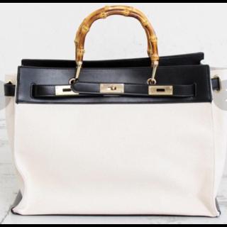Le Vernisのハンドバッグ