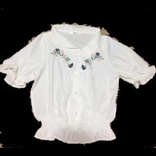 このコーデで使われているMAJESTIC LEGONのシャツ/ブラウス[ホワイト]