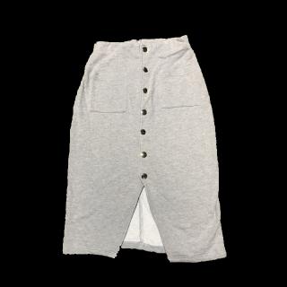 このコーデで使われているひざ丈スカート[グレー]