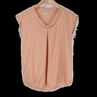 このコーデで使われているシャツ/ブラウス[オレンジ]